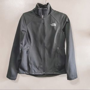 North face black cayonwall jacket S
